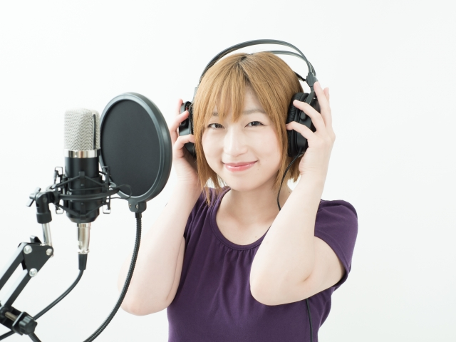 【高橋あやな】どこかで聞いたことあるかわいい声のナレーター!